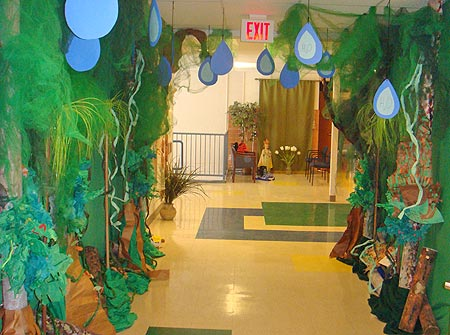 February 2010 holy cross catholic school blog page 3 for Rainforest decorations
